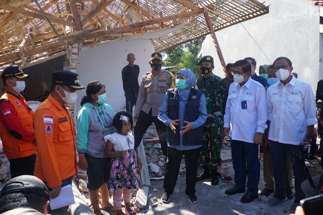 Petrokimia Gresik Tinjau Lokasi Dampak Bencana di Lumajang, Berikan 1000 Paket Sembako