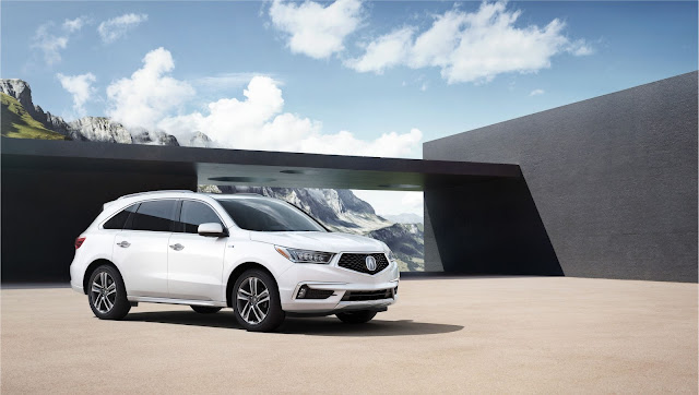 Front 3/4 view of 2017 Acura MDX AWD Advance