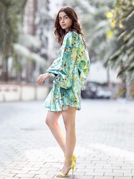alia bhatt wear Parker Dress With Sleeve in green color