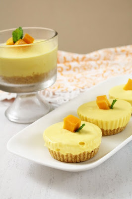 http://www.spiceupthecurry.com/mango-cheese-cake-egg-less/