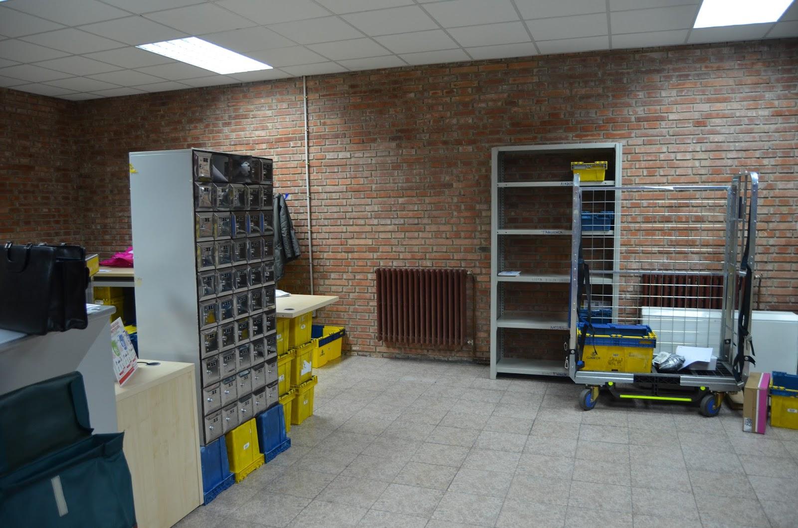Centro de estudios borjanos reapertura de la oficina de for Oficina de correos sol
