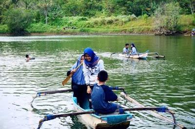 Ragam Bisnis Anak Muda Di Desa Ternak Ikan Lele