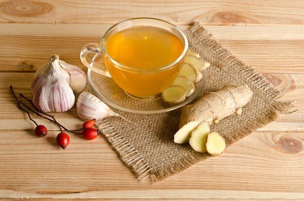 cara-membuat-teh-bawang-putih-dan-manfaatnya-bagi-kesehatan