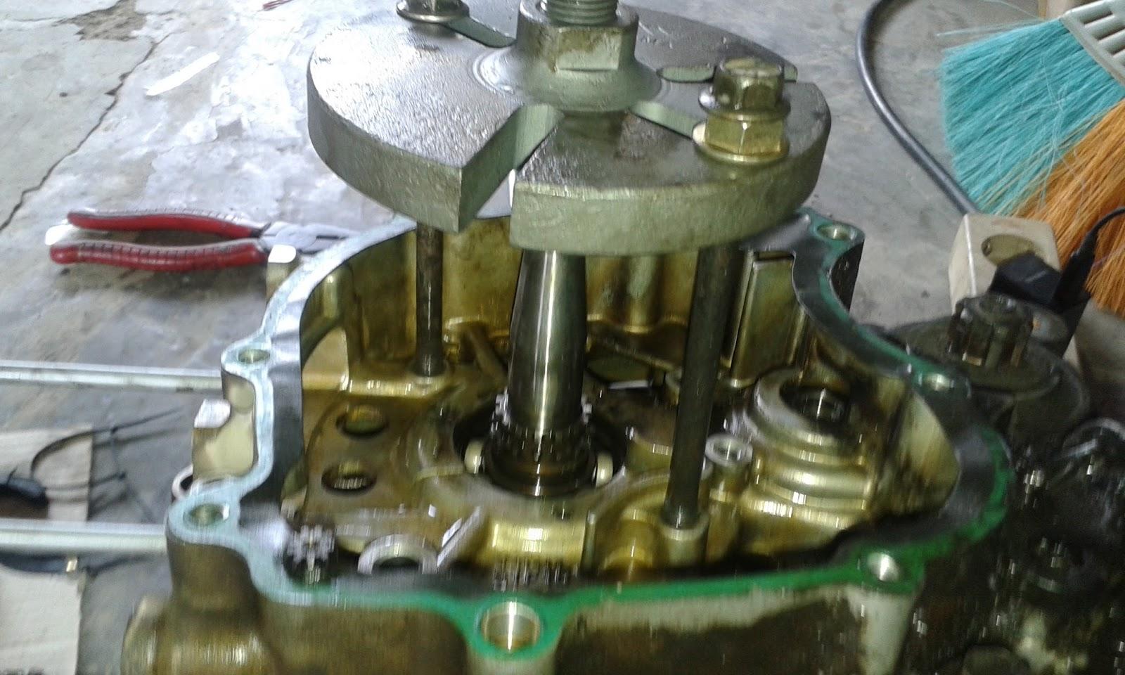 Seputar Motor Jupiter Z 110 Cara Membuka Crankcase Jupiter Z