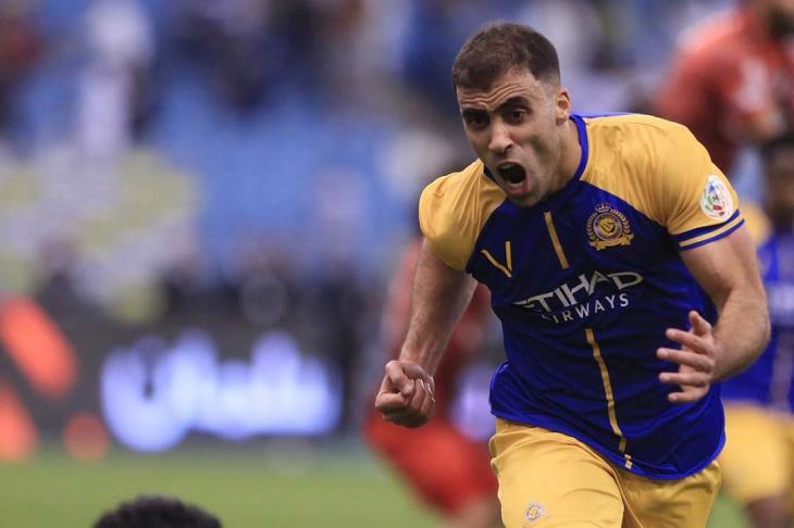 حمد الله يقود النصر إلى الفوز على الباطن والتتويج بلقب الدوري السعودي