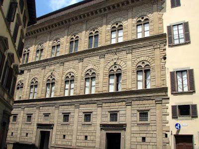 palazzo Rucellai-Firenze-bugnato-pietra