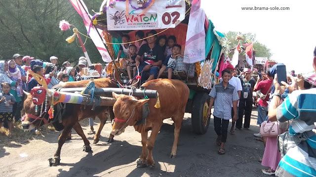 Tampilan Pegon atau Cakir yang dihias dalam Waton Parade 2019