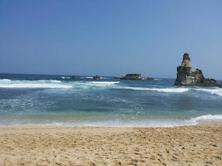Wisata Pantai Kelayar Pacitan Jawa Timur