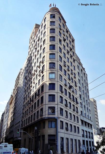 Fachada lateral do Edifício Vista Alegre - Centro - São Paulo