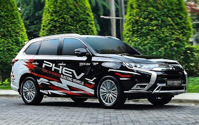 Outlander PHEV Mitsubishi Pekanbaru