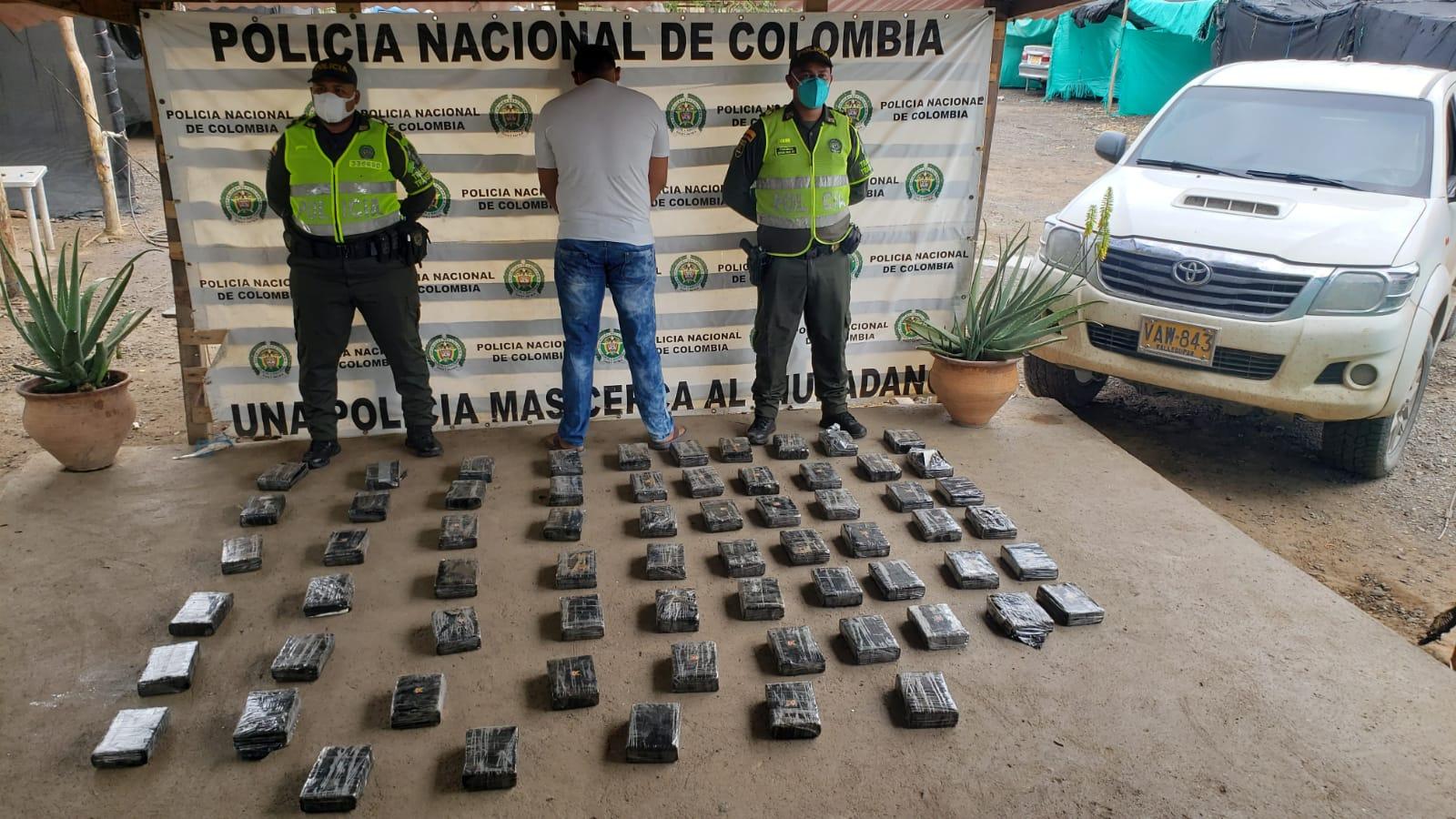hoyennoticia.com, Llevaba 72.3 kilos de coca