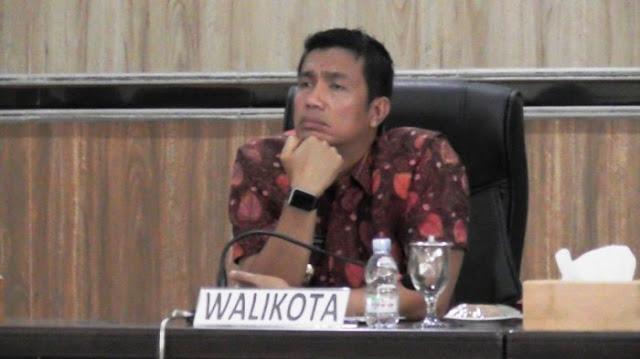 Diduga Terima Suap, KPK Periksa Wali Kota Siantar Hefriansyah