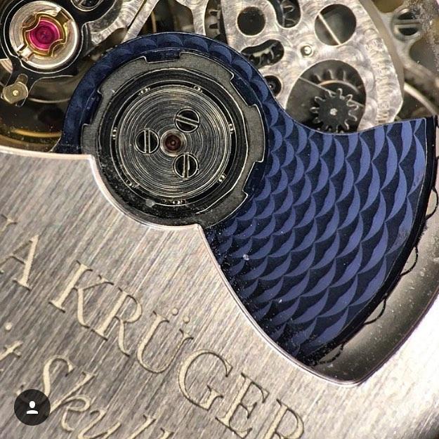 Back-case Petit Skull Blue from Fiona Kruger