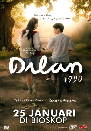 Contoh Teks Ulasan Film Dilan 1990 2018 Pelajaran Bahasa