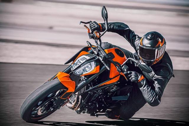 2021 KTM Duke 890  Unveiled Globally | Price, Specs, Photos