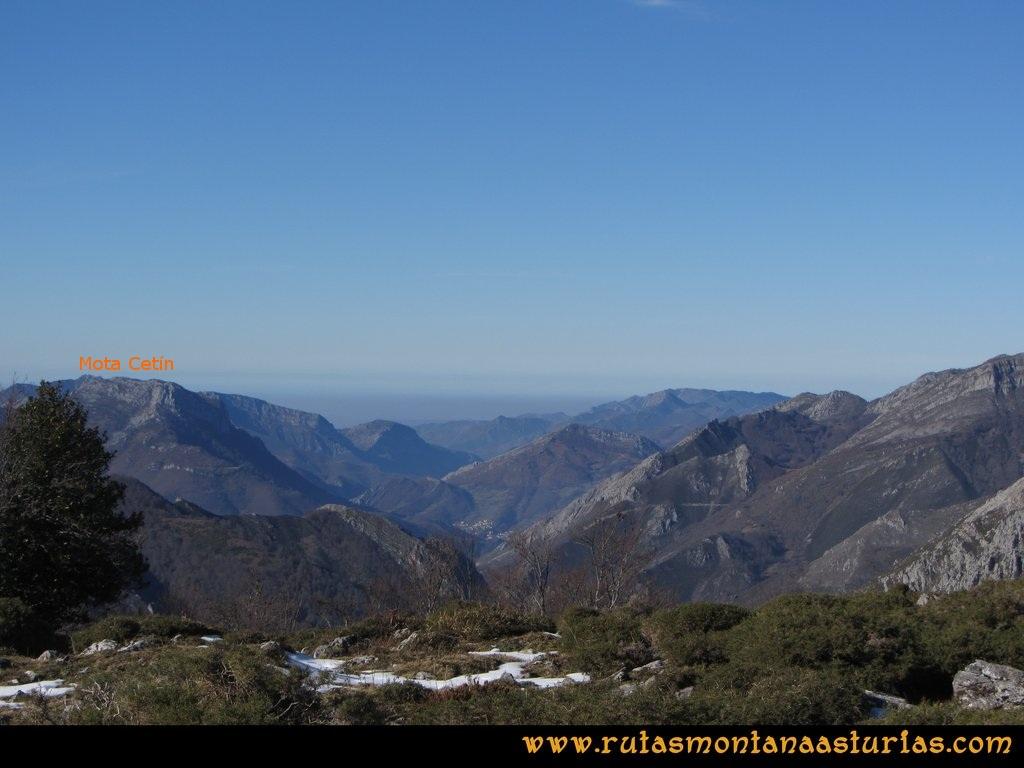 Pico Mosquito desde Tarna: Vistas desde el pico Paréu de la Mota Cetín