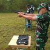 Personel Pangkalan TNI AU Leo Wattimena Gelar Latihan Menembak