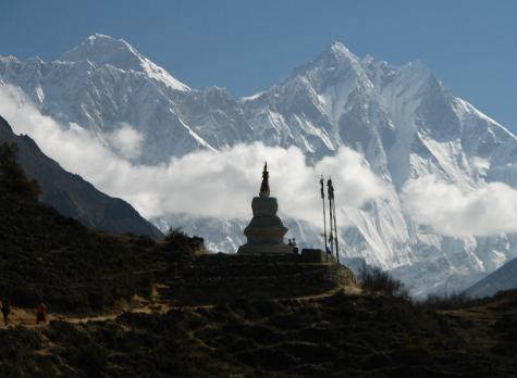 تم تأكيد وفاة 7 متسلقين في جبال نيبال.