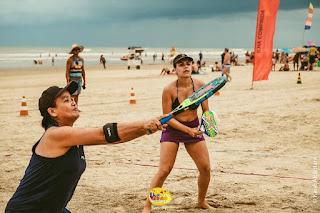 Com recorde de participantes, Torneio de Beach Tênis do Ilha Verão terá semi e finais em nova data