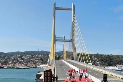 Resmikan Jembatan Teluk Kendari, Presiden: Kendari Makin Menarik Untuk Pengembangan Usaha Baru