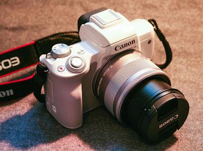 Canon EOS KISS M DSLRファームウェアのダウンロード
