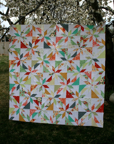 Scrappy Hunter's Star Quilt Free Tutorial designed by Jennifer of Hopeful Homemaker