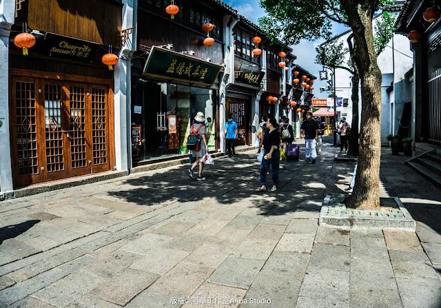 Shantang Street, pedestrian