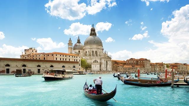 Embarcações em Veneza