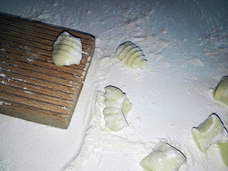 Gnocchi di patate procedimento