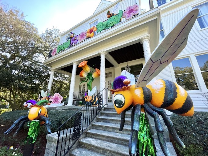 'Float houses' are popping up all over New Orleans for Mardi Gras 2021