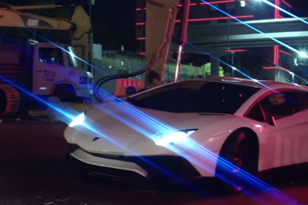 Lamborghini Aventador SV 22 Tini y Greeicy
