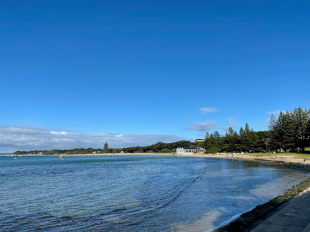 Sorrento front beach and jetty