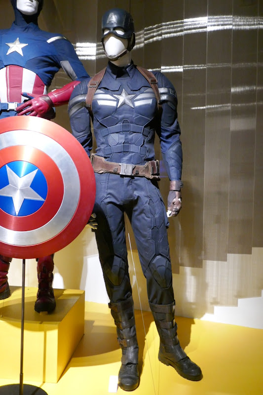 Chris Evans Captain America Winter Soldier movie costume