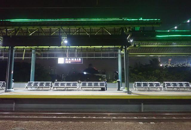 pengalaman naik kereta api taksaka malam ke jogja