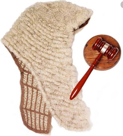 Drama as Akwa Ibom retired Judge rejects valedictory gift