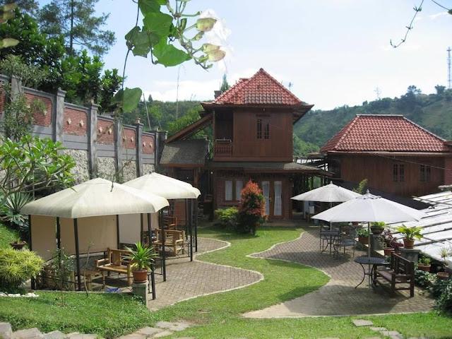 bantal guling villa lembang