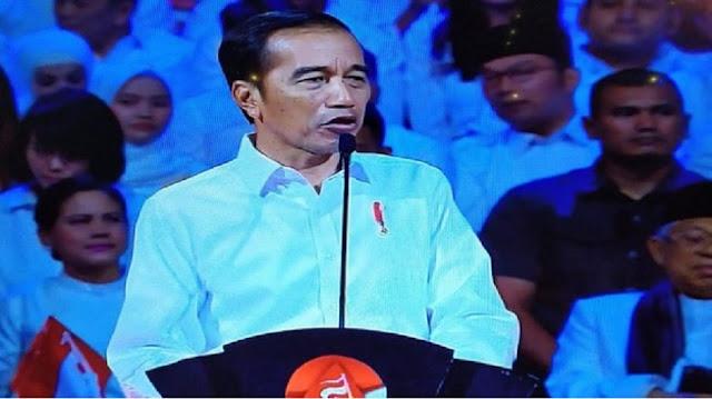 """""""Bagi Jokowi, Bertani itu bukan pekerjaan, Pekerjaan itu jadi Buruh pabrik semen"""""""