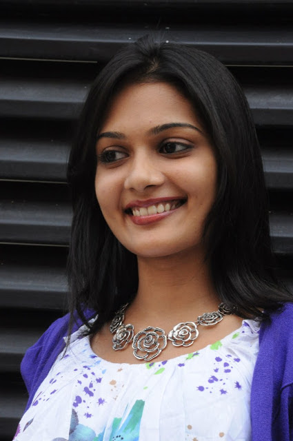 Karthika Photos