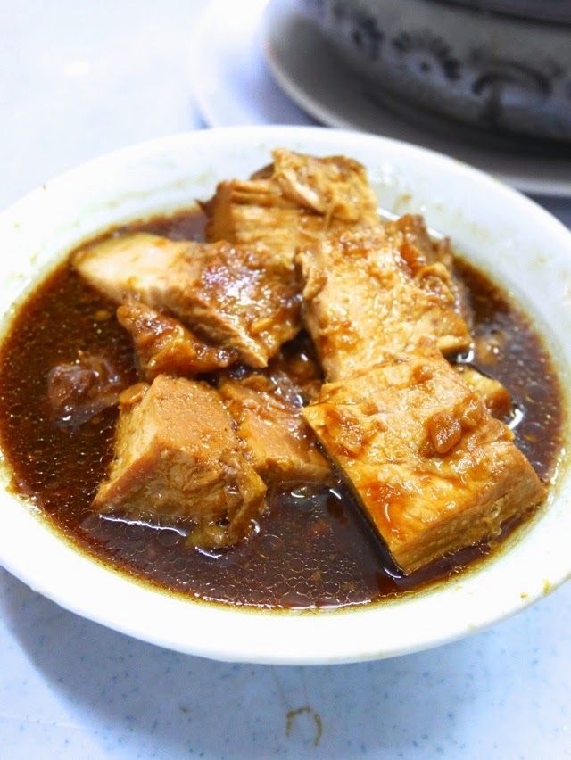 Braised pork soup