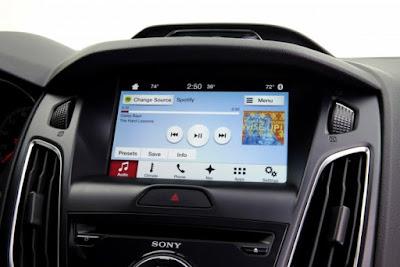 Xe Toyota tương lai sẽ sử dụng hệ thống giải trí của Ford