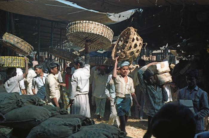 Mumbai, Chor Bazar, © L. Gigout, 1991
