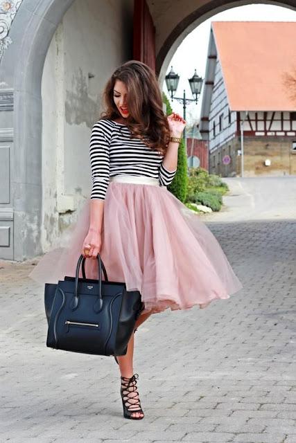 outfit con falda circular larga