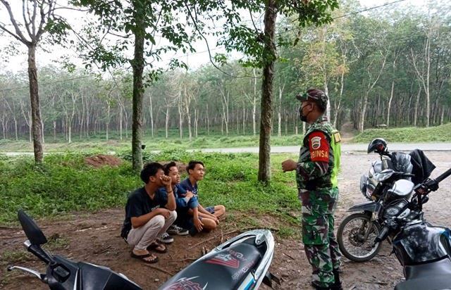 Penegakan Disiplin Protokol Kesehatan Dilaksanakan Personel Jajaran Kodim 0207/Simalungun Diwilayah Nagori