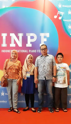 penampilan teteh rafa dengan lagu dangerous journey di indonesia national piano festival nurul sufitri mom lifestyle blogger event musik