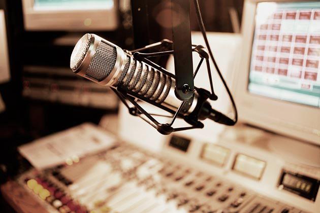 Μετά τα κανάλια έρχεται η σειρά των ραδιοφωνικών σταθμών
