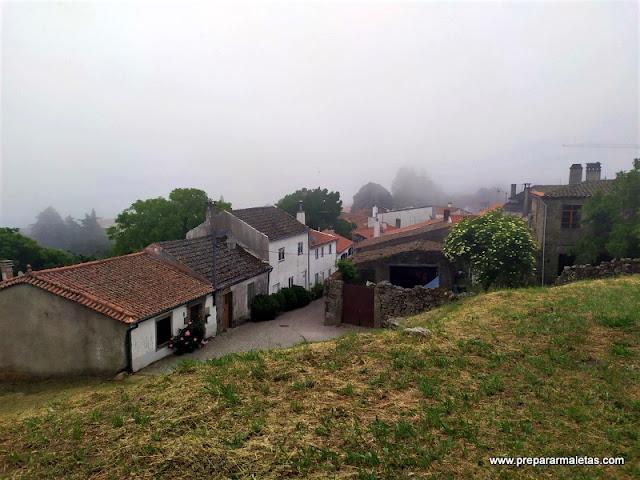 subir a la muralla del castillo de Trancoso Portugal