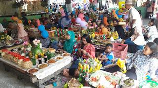 Warga Dlimas memadati tradisi Bersih Desa Tanjungsari di Kecamatan Ceper, Klaten