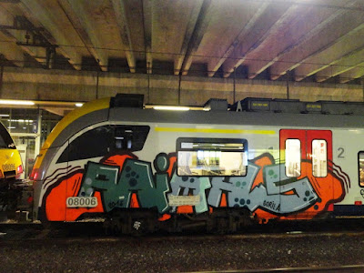 art_on_train