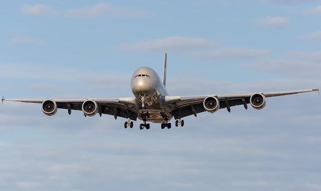 etihad a380 approaching landing