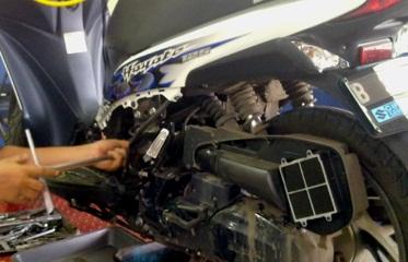 merawat mesin motor secara regular